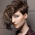 cabello-rizado-primavera-verano-2016-estilo-corto-con-asimetria